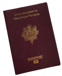 passeport-documents-et-préparatifs-de-voyage-maxitrips