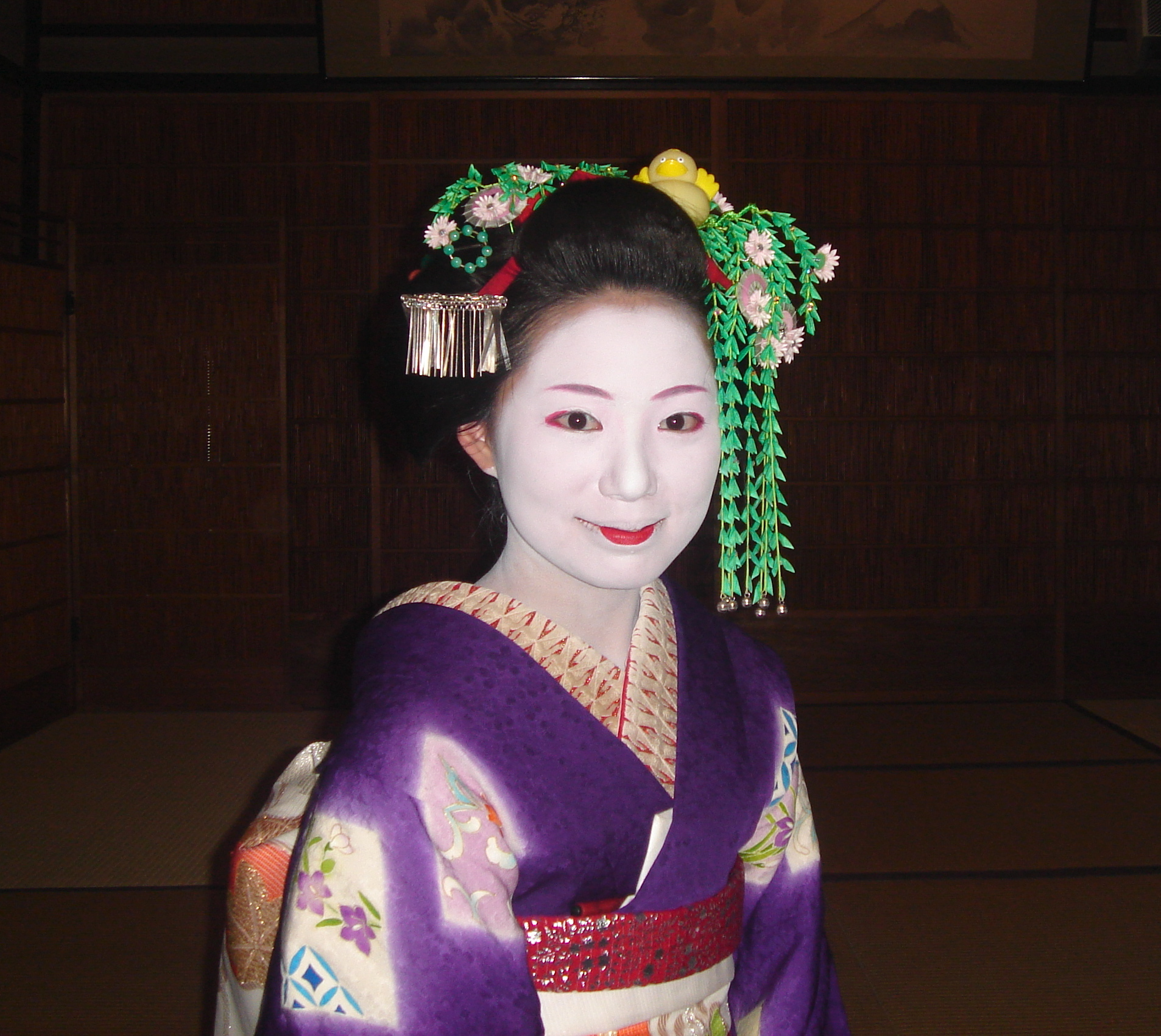 Maiko_in_Gion-maxitrips