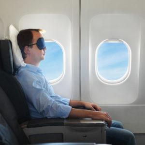 dormir-en-avion-pour-limiter-le-jetlag-maxitrips